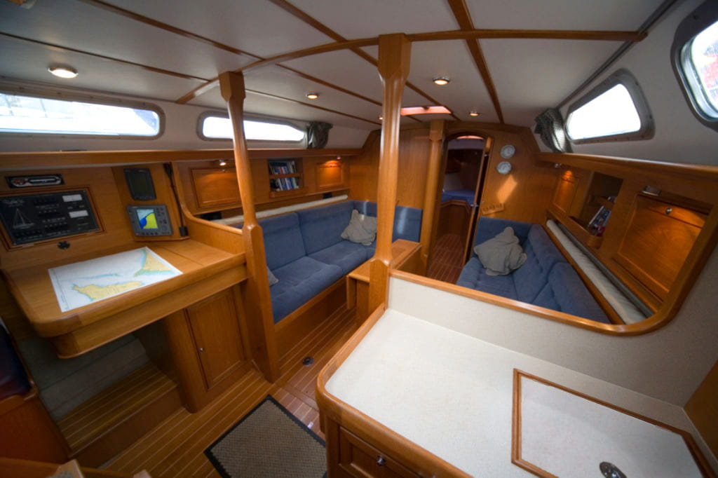 Rustler 36 interior