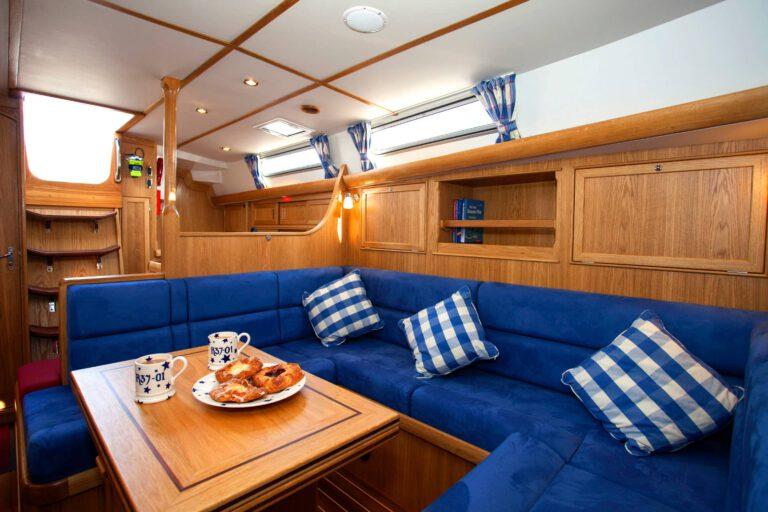 Rustler 37 interior - saloon